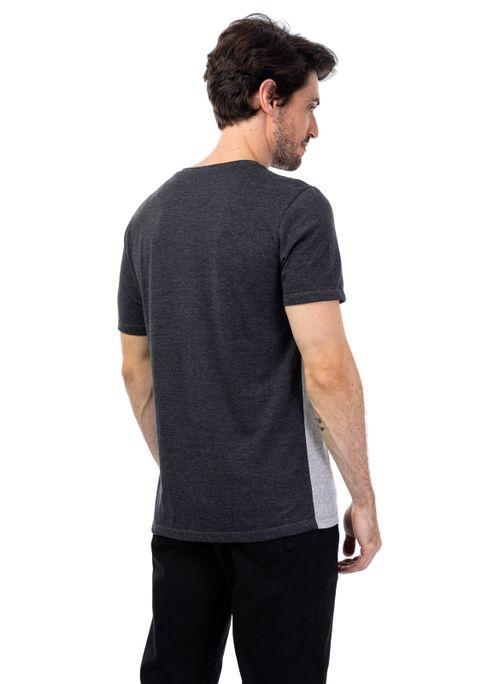 Camiseta Com Recorte